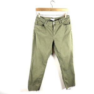 LOFT • Curvy Skinny Crop Green Frayed Hem Jeans.